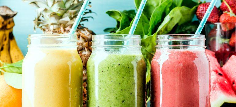 Faites plaisir à vos convives avec ces 10 recettes de smoothies healthy !